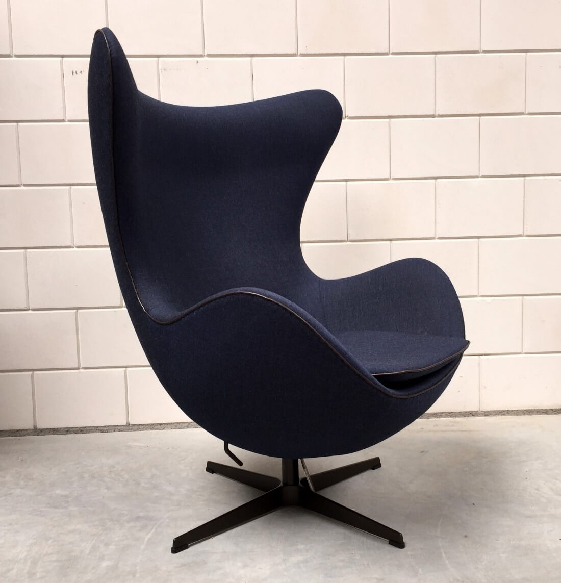 egg chair fritz hansen 39 s choice 2014 limited edition furn 14. Black Bedroom Furniture Sets. Home Design Ideas