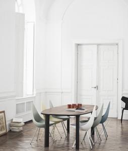 Drop Chair showroom-model Furn 14